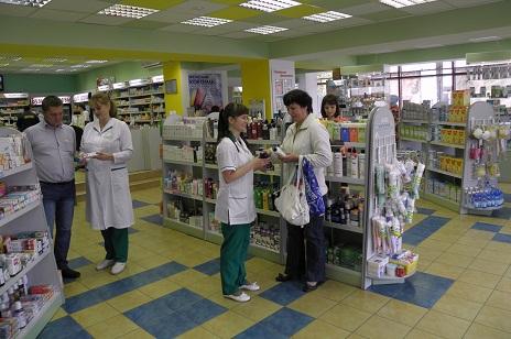 установление контакта с покупателем в аптечных супермаркетах