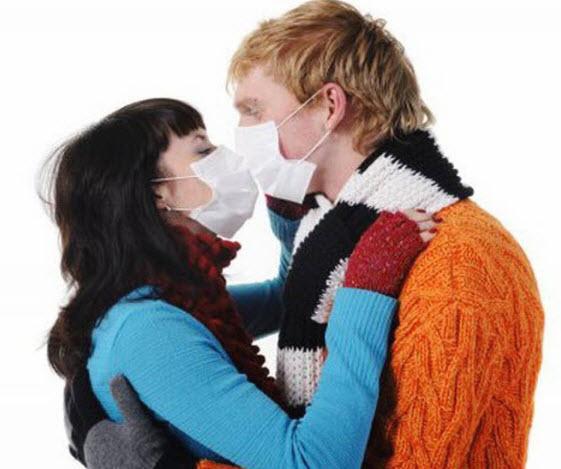 поцелуй в повязках
